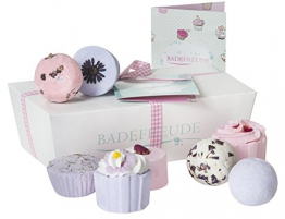 Lumunu Deluxe Badebomben 8er Geschenkset Badefreude Violetta -